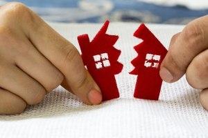 Муж взял ипотеку до брака - достанется ли жене доля в этой квартире после развода?