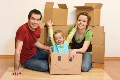 Переезд с ребенком: нужно ли говорить отцу новый адрес?