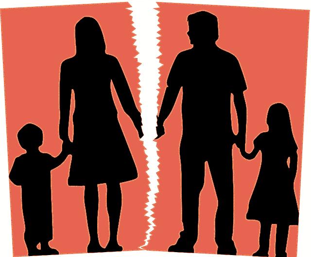 С какого возраста ребенок может выбирать с кем жить после развода - мнение ребенка при определении места жительства