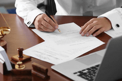Ошибка в завещании в написании фамилии - действительно ли такое завещание и что дальше нужно делать?