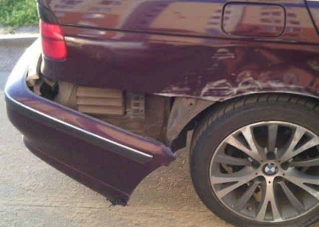 У виновника аварии оказался поддельный полис ОСАГО - как возместить ущерб?