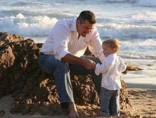 Бывший муж плохо влияет на ребенка - как доказать это и лишить отца возможности встреч