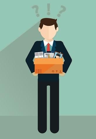 На работе постоянно задерживают зарплату: можно ли уволиться без отработки?