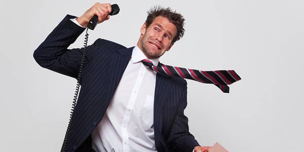 Коллекторы звонят директору фирмы, в которой я работаю