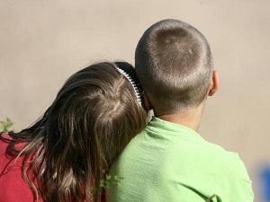 Отказ отца или матери от родительских прав добровольно - можно ли отказаться от ребенка по закону?