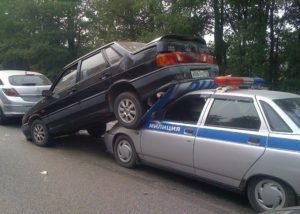 Как взыскать ущерб при ДТП, если виновник был на служебной машине