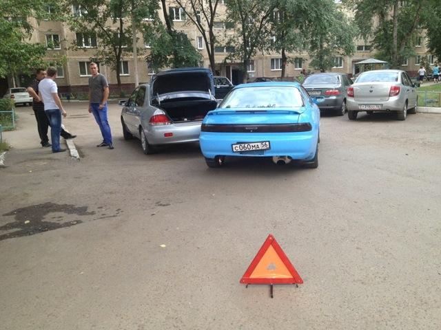 Что делать в случае повреждения припаркованной машины?