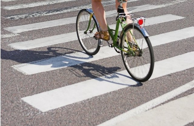 Если сбил велосипедиста на пешеходном переходе