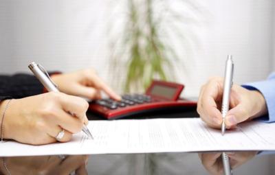 Муж отказывается продавать квартиру после развода - можно ли принудительно заставить его сделать это через суд?