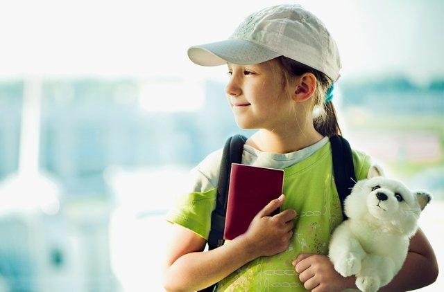 Как узнать есть ли запрет на выезд ребенка за границу - как сделать запрос, список документов, когда ждать ответ