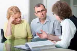 Наследство после смерти одного из супругов - кто еще может претендовать на наследство, как оно делится?