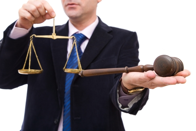 Как оспорить дарственную на квартиру после смерти дарителя - основания, порядок процедуры, последствия