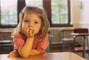 Как оградить ребенка от родственников - причины, доказательство, как повлиять без суда
